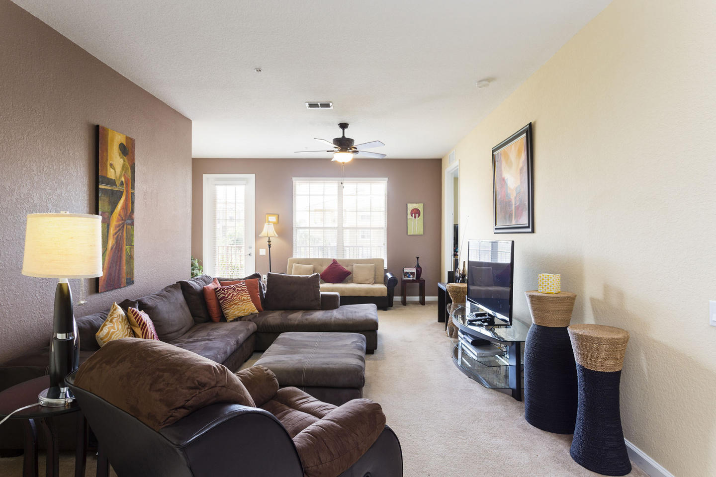 Comfortable Vacation Apartment (266643) Slide-2
