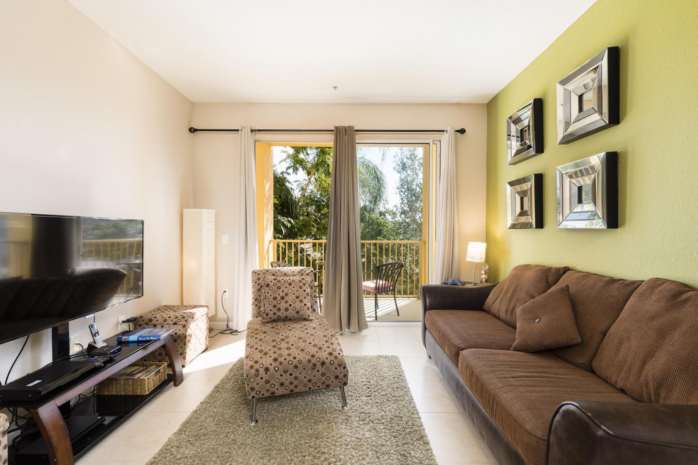 Cozy Vacation Apartment (266625) Slide-3