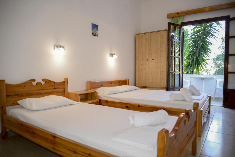 Corfu Room apartments Slide-4