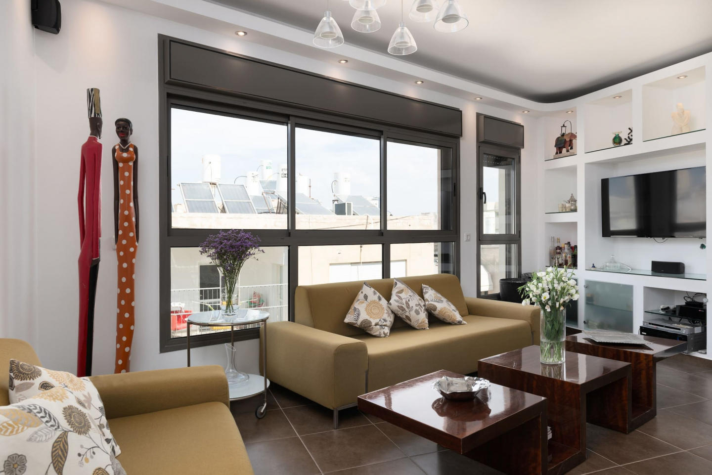 Amazing Duplex 3 Bedrooms With A Rooftop Balcony Slide-37