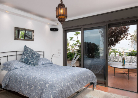 Amazing Duplex 3 Bedrooms With A Rooftop Balcony
