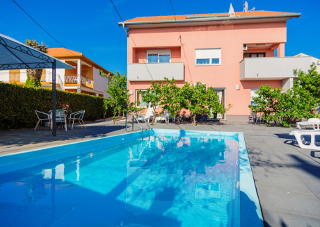 Apartment Fortuna with pool A5 6 pax Zadar Diklo
