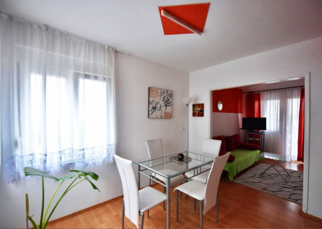 Apartment Fortuna with pool A3 2+2 pax Zadar Diklo