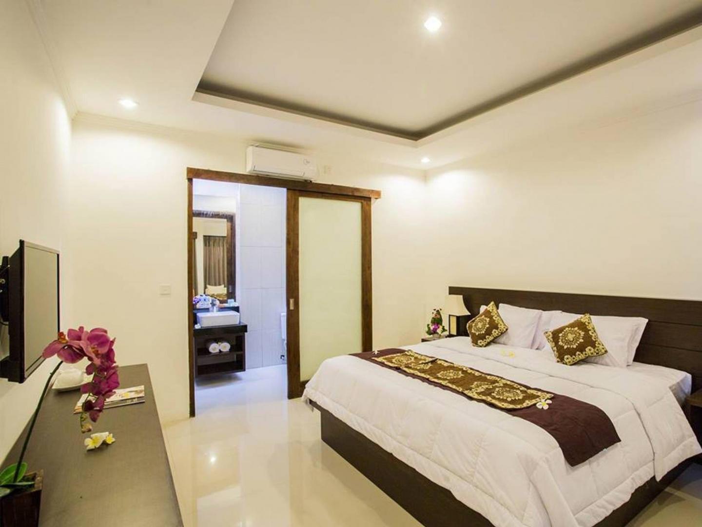 Cozy apartment in North Kuta with Internet, Gar... Slide-2