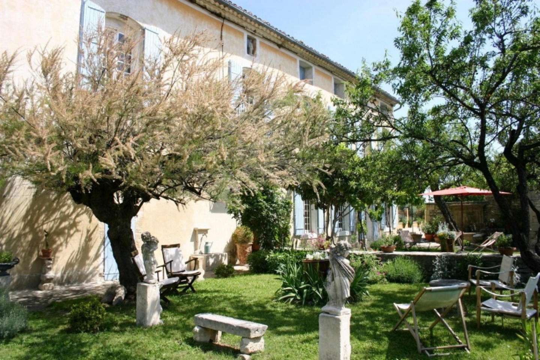 Spacious house in the center of Cabrières-d'Av... Slide-1