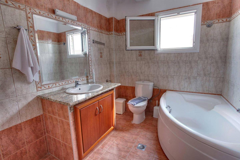 Spacious apartment in Keramoti with Internet, B... Slide-3
