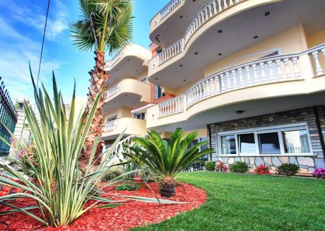 Spacious apartment in Keramoti with Internet, Balcony, Garden, Terrace