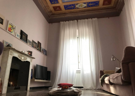 Spacious apartment in the center of Genoa with Lift, Internet, Washing machine, Air conditioning