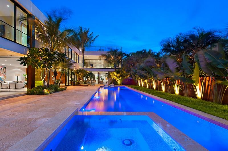 Cozy house in Miami Beach with Internet, Air co... Slide-1