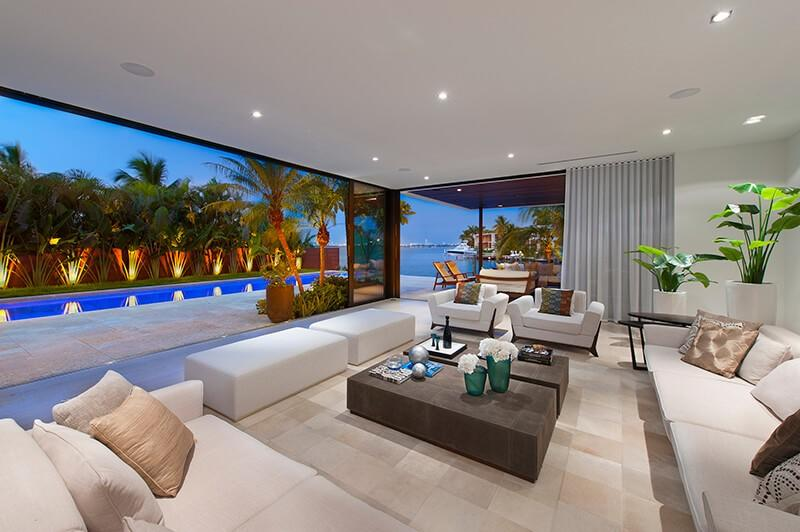 Cozy house in Miami Beach with Internet, Air co... Slide-2