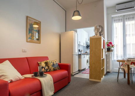 Cozy apartment close to the center of Milan with Internet, Washing machine, Air conditioning