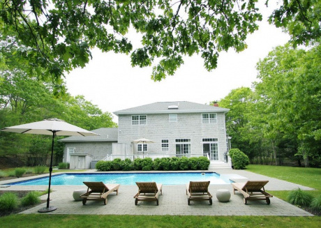 Cozy house in East Hampton with Internet, Air conditioning