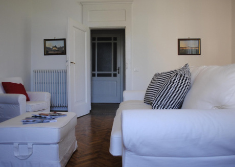 Spacious apartment in the center of Bellagio with Internet, Washing machine