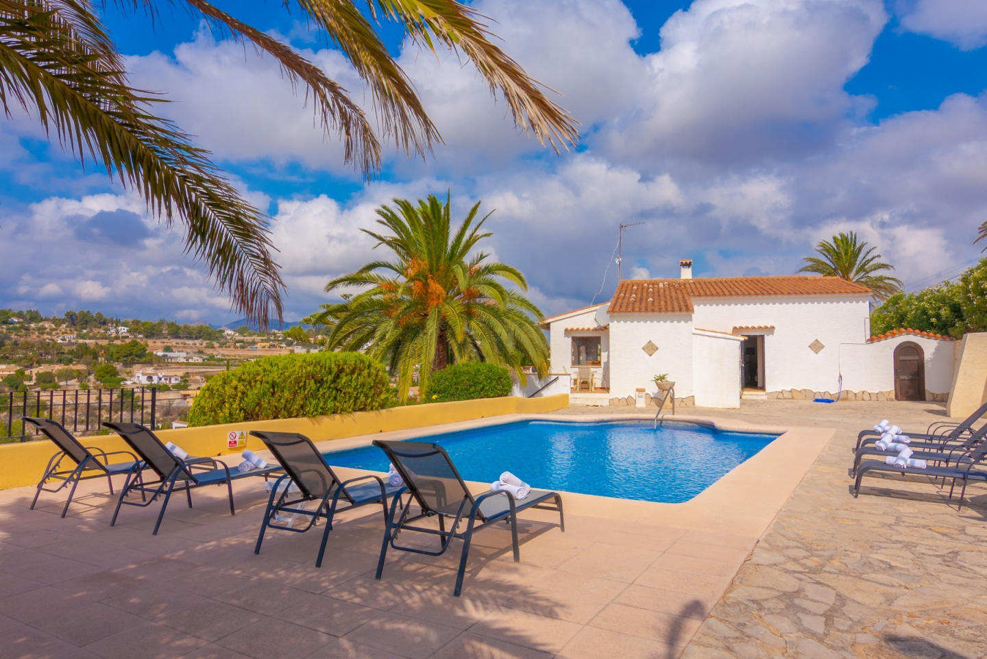 Cozy villa in Benissa with Parking, Internet, W... Slide-1