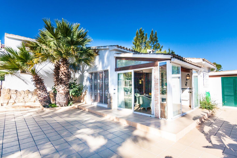 Cozy villa in Benissa with Parking, Internet, W... Slide-2