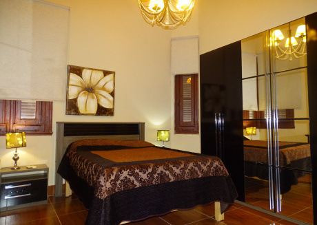 Spacious apartment in Havana with Washing machine, Air conditioning