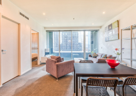 Cozy apartment in the center of Melbourne with Lift, Washing machine, Air conditioning, Pool