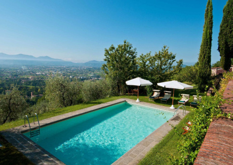 Spacious villa in Lucca with Parking, Internet, Washing machine, Pool