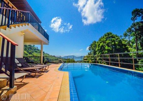 Paradise Hills 13 Bedroom Luxury Villa Near Beach