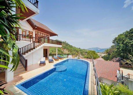 Paradise Hills 5 Bedroom Luxury Villa Near Beach