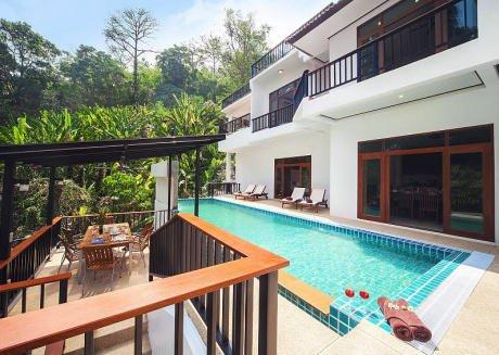 Paradise Hills 8 Bedroom Luxury Villa Near Beach