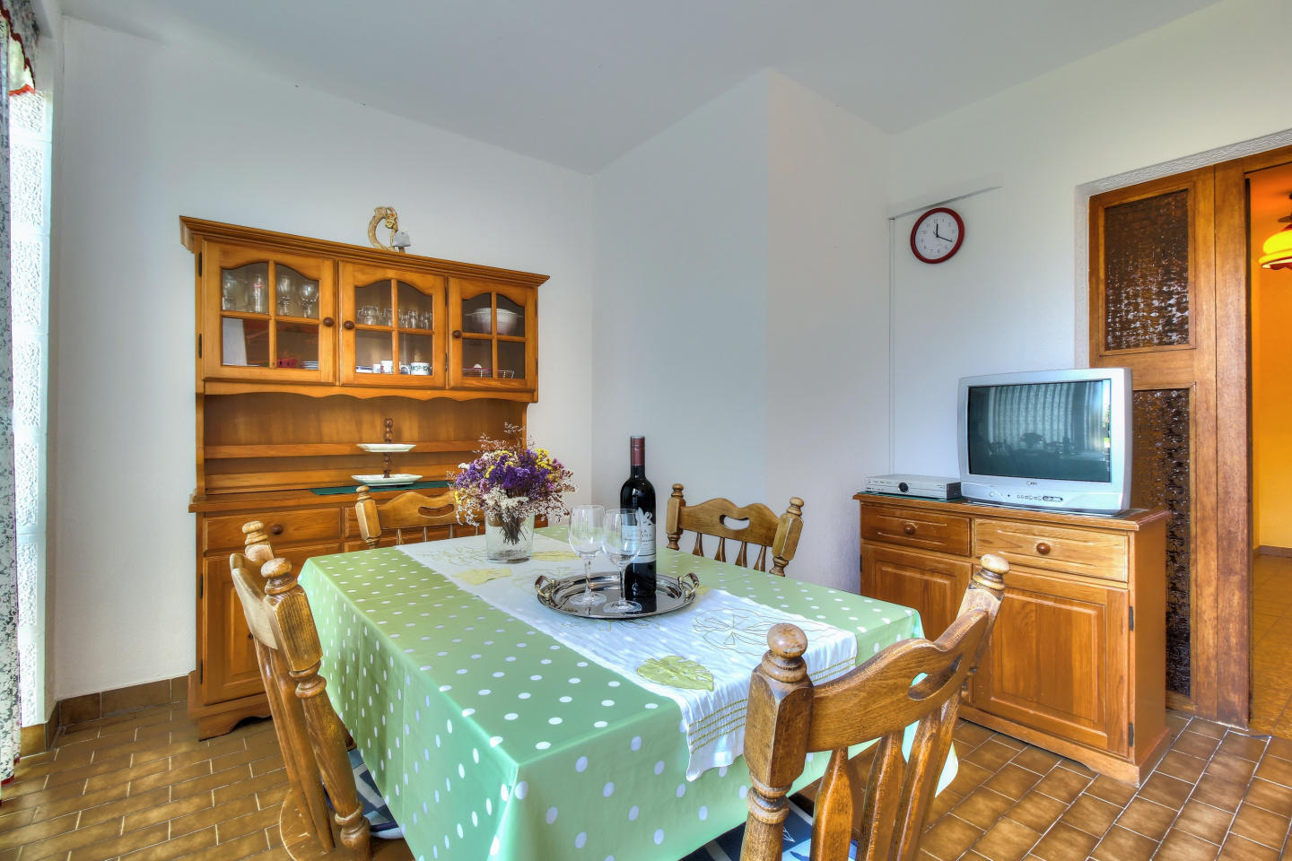 Cozy apartment in the center of Zambratija with... Slide-1