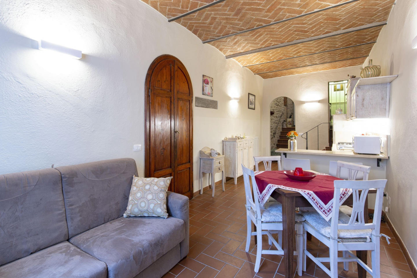 Cozy apartment in the center of Cortona with In... Slide-1
