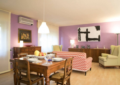 Spacious apartment very close to the centre of Lucca with Parking, Internet, Washing machine