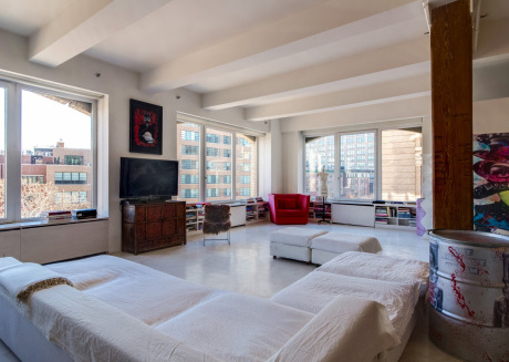 Spacious apartment close to the center of New York with Lift, Internet, Washing machine