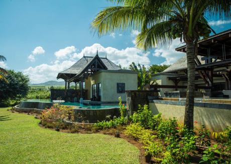 Villa Solara by Oazure