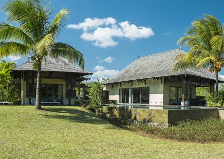 Villa Alicia by Oazure