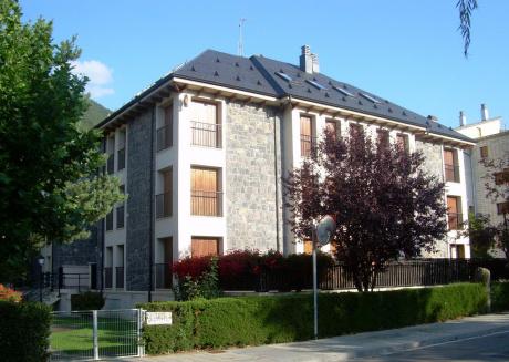 Biescas- Edificio Géminis 2 1ºA