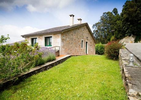 101508 -  Villa in Viveiro