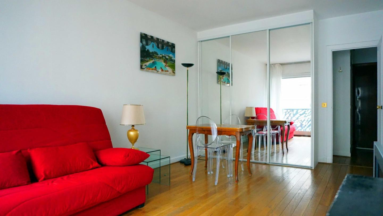 rue de Ponthieu #6 - 75008 Paris - 108042 Slide-3