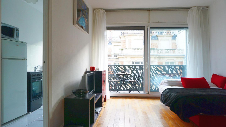 rue de Ponthieu #6 - 75008 Paris - 108042 Slide-2
