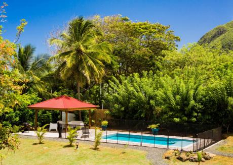 La Villa Rock Bay, avec piscine, terrain de pétanq