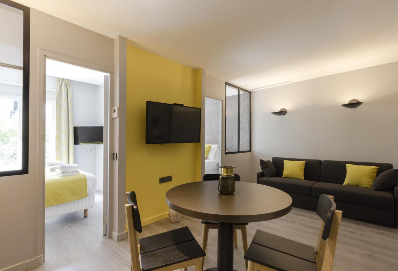 A5-HAL20 - Two-bedroom 38m² Slide-3