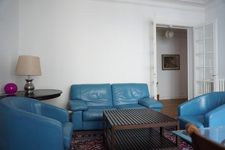 rue de Washington 75008 PARIS - 308003 Slide-2