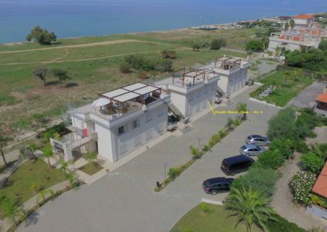 Roseto Beach Club (no.4) Beach Front Property