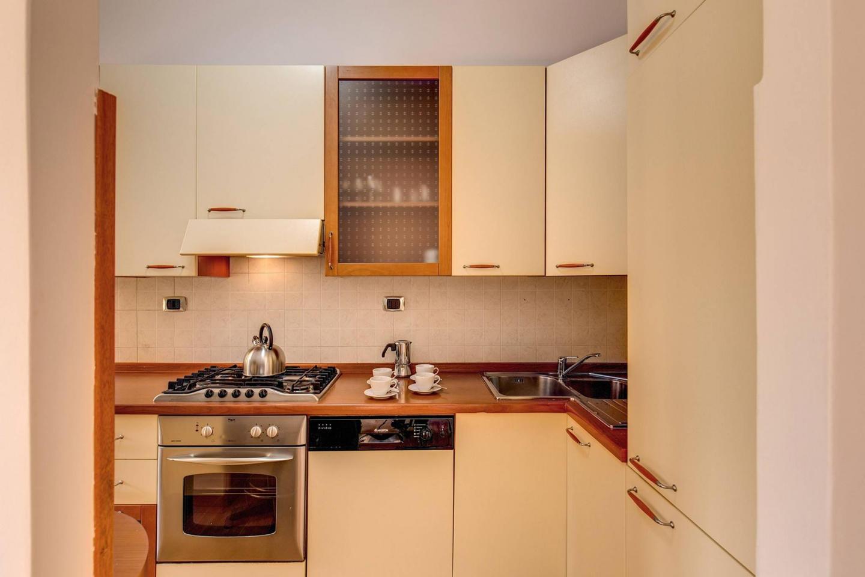 M&l Apartment - Caracalla aerea 2 brd Slide-2