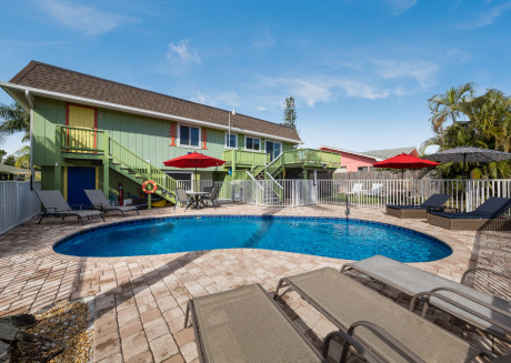 Tropical Oasis 126 Pet Friendly with Pool and Dock