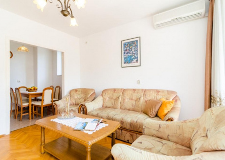 Spacious apartment in Dubrovnik with Parking, Internet, Washing machine, Air conditioning