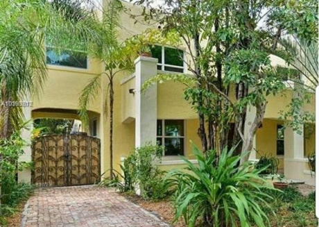 Cozy house in Miami with Parking, Washing machine, Air conditioning, Garden