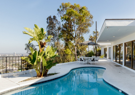 Cozy house in Los Angeles with Parking, Washing machine, Air conditioning, Garden