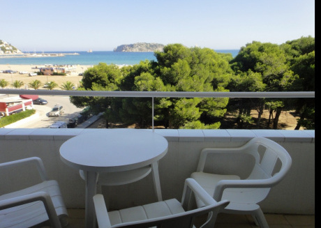 Cozy apartment in Torroella de Montgrí with Lift, Parking, Air conditioning, Pool