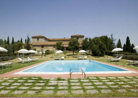 Spacious villa in Montalcino with Parking, Internet, Washing machine, Pool