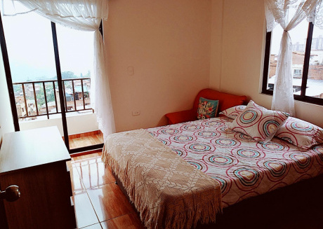 Spacious apartment in Itagüí with Parking, Internet, Washing machine, Balcony