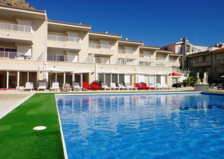 Spacious apartment in Torroella de Montgrí with Lift, Parking, Internet, Washing machine