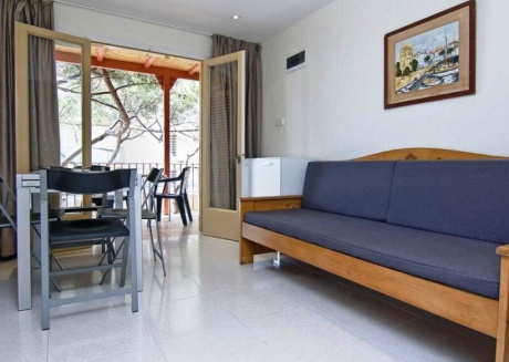 Cozy apartment in the center of Platja d'Aro with Parking, Air conditioning, Pool, Garden