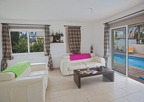 The Ultimate 5 Star Holiday Villa in Paralimni with Private Pool and Close to the Beach, Paralimni Villa 1199